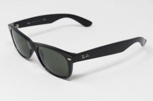 Ray-Ban RB 2132 NEW WAYFARER 901